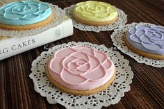 Love these rose cookies - perfect for high tea!