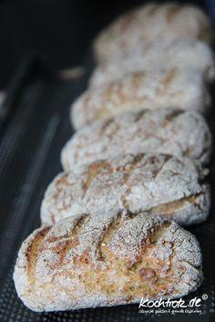 Quinoa rolls gluten-free recipes quinoa-bread-half-half-gluten-free -… – Famous Last Words Gluten Free Diet, Gluten Free Baking, Gluten Free Recipes, Paleo Diet, Baked Mac And Cheese Recipe, Baked Chicken Recipes, Vegan Bread, Healthy Muffins, Gluten Free