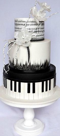 39 Black And White Wedding Cakes Ideas - Weddings, Cakes, Party Decorating Venues and More - Music Themed Cakes, Music Cakes, Themed Wedding Cakes, White Wedding Cakes, Wedding Decor, Music Wedding Cakes, Cake Wedding, Black And White Wedding Cake, Wedding Ideas