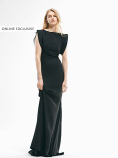 LIMITED EDITION LONG BLACK DRESS de WOMEN - Limited Edition de Massimo Dutti de Otoño Invierno 2016 por 199. ¡Elegancia natural!