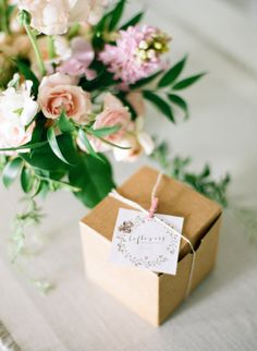 Cute dinner party idea: leftover takeout boxes for your guests