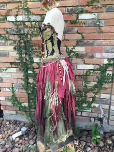 dcbaba5d2a9e1 DREAM BOHEMIAN Voodoo Priestess Swamp Witch Doctor Magic Laveau Gypsy  Pirate Halloween Costume
