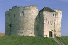 Top 10 historical sites in Yorkshire,.Clifford's Tower, York, England
