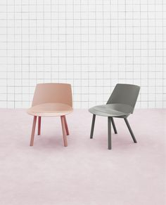 The abstract design of these lounge chairs is inspired by the great illusionist Houdini.