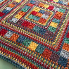 Random Rainbow Blanket – Handmade In Marbella Motifs Afghans, Square Patterns, Afghan Crochet Patterns, Crochet Squares, Crochet Granny, Crochet Stitches, Granny Squares, Knit Crochet, Knitting Patterns