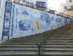 Luís Camacho   Lisboa   Rua da / Street of Mãe d' Água   1993-1994 [© Inês Leitão] #Azulejo #AzulejoDoMês #AzulejoOfTheMonth #Água #Water #LuísCamacho #Lisboa94 #Lisboa #Lisbon