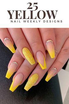 nails yellow and black . nails yellow and gray . nails yellow and white . nails yellow and blue Yellow Nails Design, Yellow Nail Art, Summer Acrylic Nails, Best Acrylic Nails, Acrylic Nails Yellow, Spring Nails, Summer Nails, Classy Acrylic Nails, Winter Nails