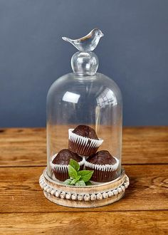 Keep your sweet treats fresh and scrumptious with this bird cloche, a good addition to any tea table. Sweet Treats, Fresh, Tea, Bird, Dining, Table, Gifts, Sweets, Food