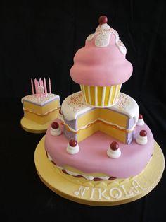 Cake tower cake