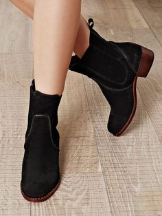 Marc Jacobs Chelsea boots