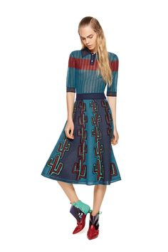 See the M Missoni pre-spring/summer 2016 collection. Click through for full gallery