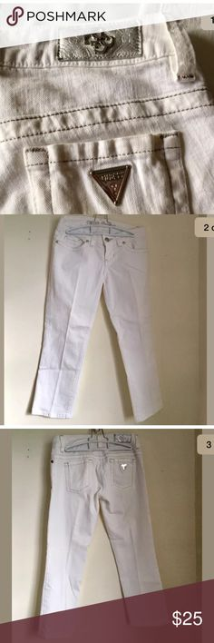 """GUESS PREMIUM STRETCH CROP JEANS 26 MID WHITE GUESS PREMIUM STRETCH CROP JEANS 26 MID WHITE WOMENS CAPRI Size 26 ORIG 98$ Descriptions: Brand- Guess  Tag Size- 26 Made In U.S.A Color- wHITE Retail Price $98.00 Guess Logo on the back Pet Free Smoke Free  Measurements: Waist- 14"""" Rise- 8"""" Length- 30"""" Inseam- 23"""" Leg Opening 6.5""""  Thank You for Shopping at Chiqui's Spot  -Shipping  Item will ship within 1 business day Guess Pants Capris"""