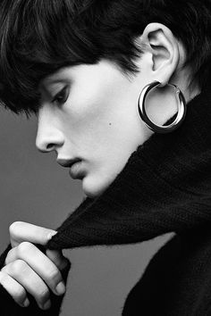 Why hoop earrings are the ultimate accessory. | Read more at H&M Magazine