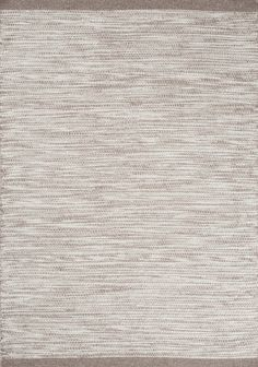 The Asko rug in silver by Linie Design comes in a gorgeous grey colour, and is the perfect compliment to a minimalist interior. Part of the Asko range, this rug is produced in India and is made of 90% wool / 10% cotton.