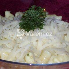 Pikantná syrová omáčka recept - Vareni.cz Coconut Flakes, Cabbage, Grains, Spices, Vegetables, Food, Spice, Essen, Cabbages
