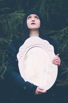 #mirrorphotography #mirror #portrait #womenphotography