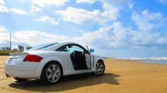 Chirihama Nagisa driveway < Japan/Ishikawa Pref. >     ----- 千里浜なぎさドライブウェイ / 能登半島の西海岸に面した千里浜渚ドライブウェイは、波打ち際を自動車で走ることができる観光道路。