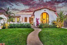 Spanish style Spanish Revival Home, Spanish Bungalow, Spanish Style Homes, Ranch Style Homes, Spanish House, Spanish Colonial, Small Bungalow, Bungalow House Plans, Ranch House Plans