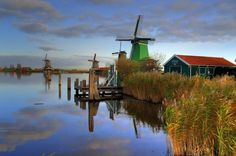 Small Group Zaanse Schans Windmills, Volendam and Old Villages Tour from Amsterdam Including Dutch Schnapps Tasting  Head to the Dutch countryside with a small group, traveling on a smallbus. Visit traditional fishing villages including Volendam and Marken, and take a stroll through Zaanse Schans, a village world famous for its windmills. Visit a cheese factory for a tasting and see how we handcraft wooden shoes. Have a Dutch schnapps tasting on our 360C location, See also Ra...