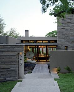 Barker Residence - contemporary - entry - austin - McKinney York Architects If front yard long enough would love a walkway over water Residential Architecture, Contemporary Architecture, Interior Architecture, Contemporary Design, Design Exterior, Modern Exterior, Gray Exterior, Stone Exterior, Stone Facade