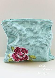 Tunisian crochet clutch purse with cross stitch rose Crochet Shell Stitch, Crochet Stitches, Crochet Patterns, Love Crochet, Crochet Hooks, Knit Crochet, Crochet Handbags, Crochet Purses, Crochet Bags