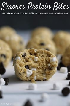 These No Bake Protein Bites Taste Just Like Balls Of S'mores Cookie Dough. There Are Bits Of Marshmallow And Chocolate In Every Single Melt-In-Your-Mouth Bite. You'll Never Believe Each Protein Bite Has 7 Grams Of Protein And Just 100 Calories Cookie Dough Vegan, Vegan Protein Cookies, Protein Powder Cookies, Protein Cookie Dough, No Bake Cookie Dough, Protein Powder Recipes, Protein Bites, High Protein Recipes, Protein Snacks