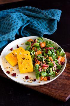 - Tricks of healthy life Cabbage Salad Recipes, Chopped Salad Recipes, Easy Salad Recipes, Easy Salads, Mediterranean Salad Recipe, Thanksgiving Salad, Salad In A Jar, Fabulous Foods, International Recipes