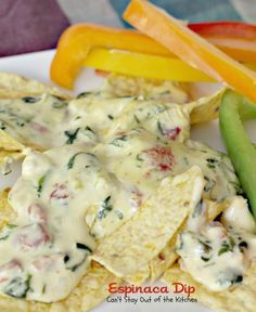 Espinaca Dip - I used only 2 cubes of bullion and the white Velveeta it was a hit and devoured Velveeta Recipes, Cheesy Recipes, Dip Recipes, Crockpot Recipes, Cooking Recipes, Yummy Recipes, Recipies, Yummy Appetizers, Appetizer Recipes