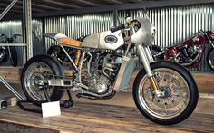 "Ottonero Cafe Racer: ""Superleggera""  550  / OMT Garage"