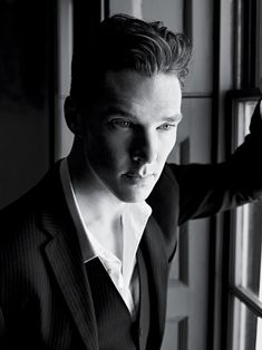 Benedict Cumberbatch. Must he be SO? I mean, really...*sigh*