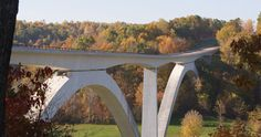 Natchez Trace, near Franklin, TN and throughout Middle Tennessee ~ around these parts it's a bit of a boring ride, but going out there for a picnic would be great