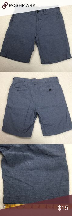 J. Crew Stanton Linen Blend Blue Striped Shorts 29 J. Crew Stanton Linen Blend Blue/White Striped Shorts  Waist 29 x Inseam 9  Features: 5 pockets (one back pocket is closed with a button), double button and zip front closure, and Baird McNutt Irish Linen  72% Cotton, 28% Linen  Good Used Condition: gentle wear and there are a few thread pulls throughout - please see photos  Smoke free home J. Crew Shorts Flat Front