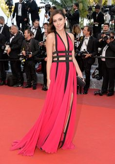 Katya Mtsitouridze wore a pink + black #ZuhairMurad Resort 2016 cutout gown to the #Julieta premiere. #Cannes2016The Fashion Court (@TheFashionCourt) | Twitter