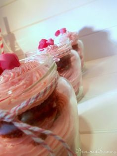 Red Velvet in Jars
