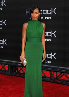 wow. so beautiful! dress & jewelry