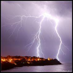 Thunder and lightning in Piombino - Livorno Tuscany Italy