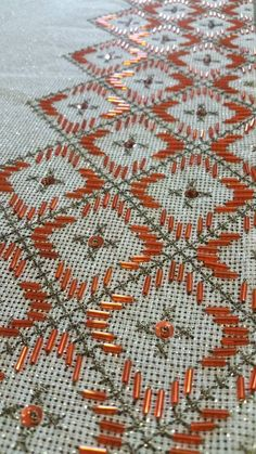Beaded Embroidery, Cross Stitch Embroidery, Embroidery Designs, Stitch Design, Needlework, Elsa, Bohemian Rug, Applique, Projects To Try
