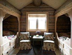 Gårdsjenta: Hytteinspirasjon Mountain Cottage, Mountain Homes, Cottage Interiors, Rustic Interiors, Winter House, Winter Cabin, Chalet Style, Living Styles, Interior Design Inspiration