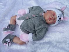 Hand knitted baby mouse cardigan hat booties mittens set 0-3 months £26.50