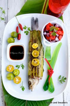 Apron and Sneakers - Cooking & Traveling in Italy and Beyond: Grilled Fish Wrapped With Banana Leaves