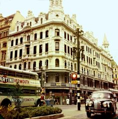 Fletcher &Cartwright Building, Corner of Darling and Adderley streets, Cape Town Old Pictures, Old Photos, Hanover Street, Beach Cafe, Cape Town South Africa, Vintage Photographs, Vintage Photos, Places To Go, Street View