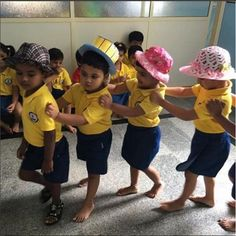 Little ones at Kidzee Chicalim walked with dignity wearing the hats made by their enthusiastic parents.