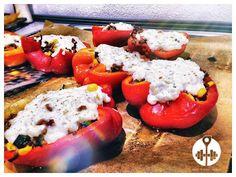 Auf die Idee muss man erst einmal kommen: Wir präsentieren dir unser Rezept für eine leckere gefüllte Paprika!, denn Abwechslung muss sein!