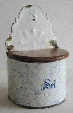 A VINTAGE FRENCH ENAMEL SALT BOX