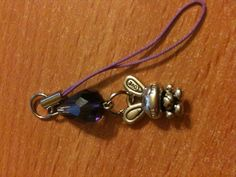 Bijou de téléphone réalise pour une cliente en cadeau www.aura-creations.com