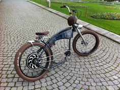 modified basman with a Magic Pie Golden motor from Ocobike in Switzerland.