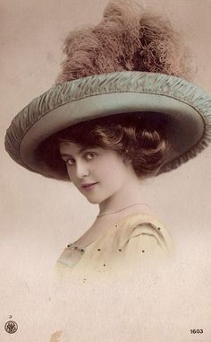 Vintage lady with hat