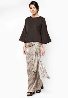 Buy LUXE by Ethnic Chic Aria Dea Baju Kurung Online | ZALORA Malaysia