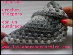 Crochet Slipper Pattern, Crochet Poncho Patterns, Crochet Stitches, Knit Crochet, Fingerless Gloves Knitted, Crochet Gloves, Knitted Slippers, Festival Poncho, Macrame Dress