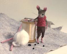How she makes her mouses... Site full of amazing mice